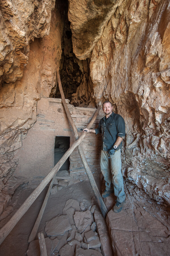 Wilderness Dave at the second level entrance to the Crack House in Cold Spring Canyon - by Jabon Eagar